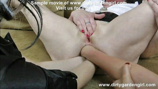 ファンのビデオチャットポルノの大きな境界線と乗馬 女性 の ため の セックス ビデオ